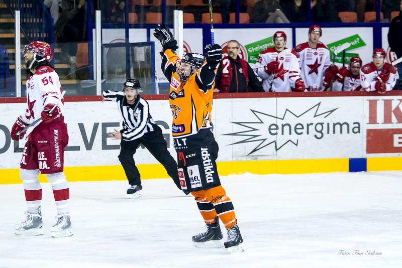 Viktor scoret sitt første mål i A-lagsdrakt mot Stjernen. Foto: Finn Eriksen