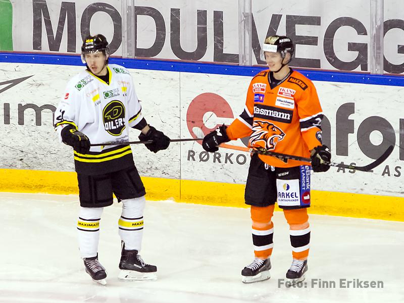 Tre mål på Marius Carho Hansen, her sammen med Sebastian Ågren, opprinnelig fra Slemmestad.