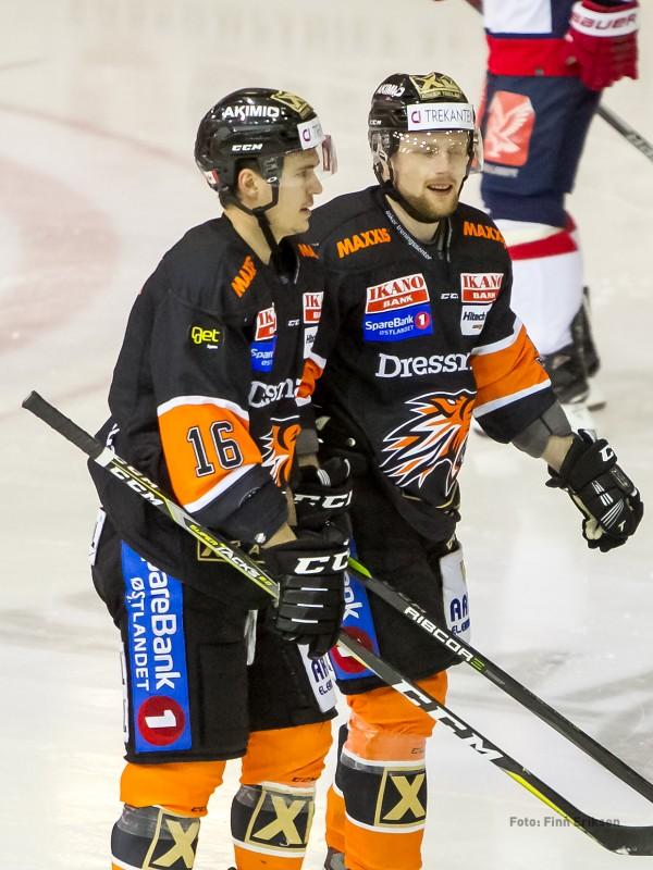 Mål ble det både på TJ Foster og Oskar NIlsson
