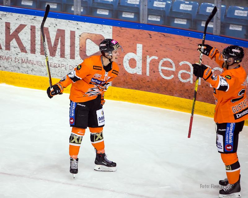 Endelig kunne Sebastian Johansen notere seg for scoring i Frisk-drakt!