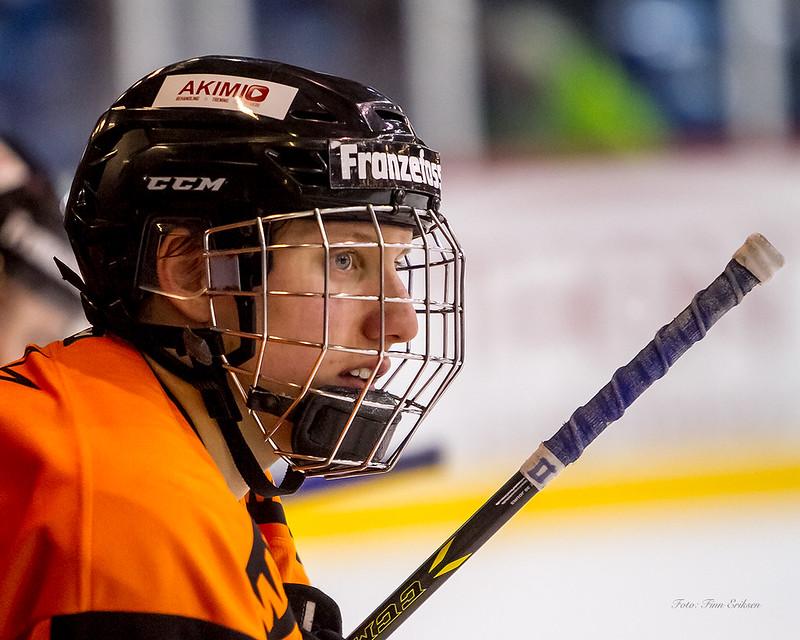 """Viktor som """"gittergutt"""" i debutsesongen 2014/15. Foto: Finn Eriksen"""