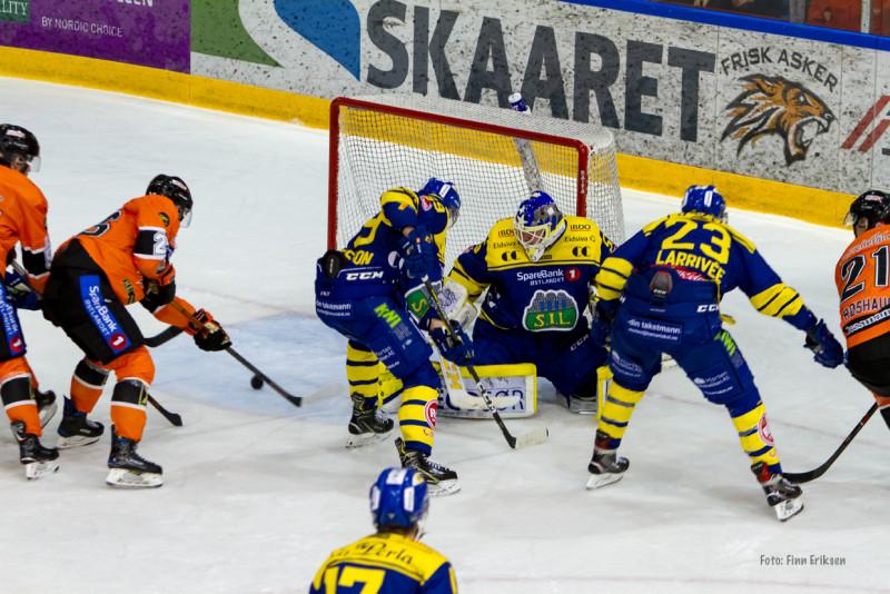 Så nære var Petter Kristiansen å utligne til 2-2. Foto: Finn Eriksen