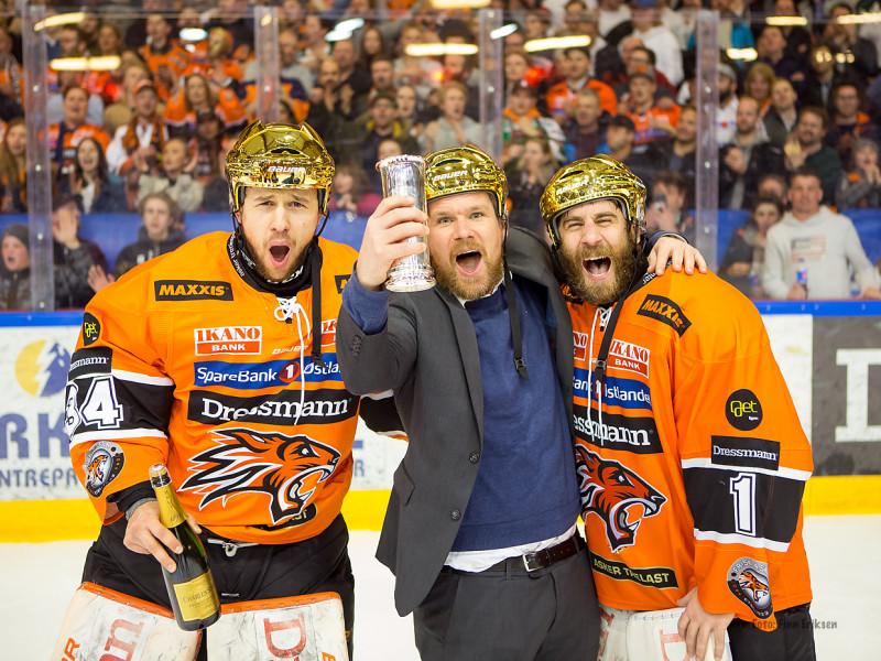 Tre gode gubbar! Ole Morten sammen med Peter Josephson og Nicklas Dahlberg Foto: Finn Eriksen