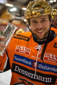 Ole Morten med Kongepokalen