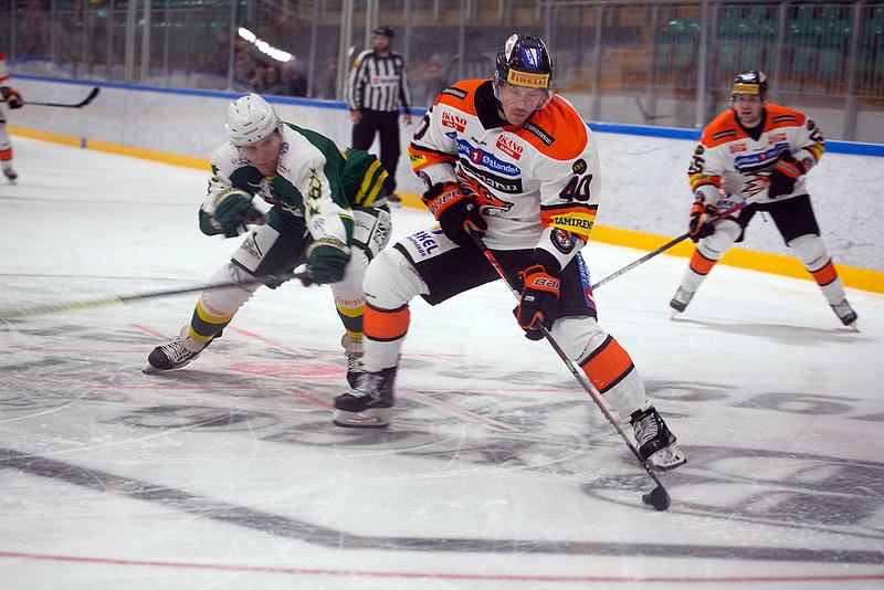 Fredrik Lystad Jacobsen gjorde en god kamp i kveld. FOTO: HENNING EKELI
