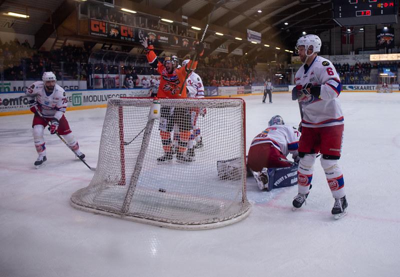Mikael Dokken scorer i andre kamp på rad. Foto: Henning Ekeli
